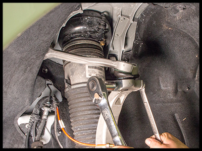 Replace a Failing Front OE Air Struts for the 2012-2018 Audi® A6/A7 and 2013-2019 Audi S6/S7 with Arnott part AS-3312